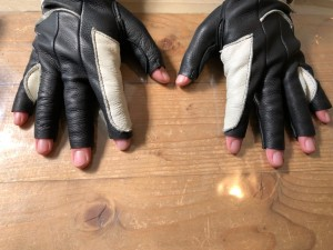 レザーグローブ 手袋 リペア 目黒 修理屋ロンゴロンゴ