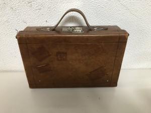 ビンテージバッグ リペア 東京 修理屋 ロンゴロンゴ