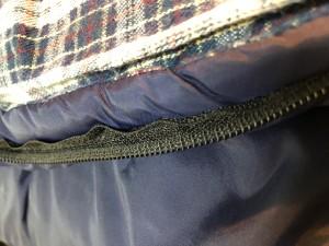 キャンプ用品 寝袋修理 リペア シュラフ ファスナー噛む