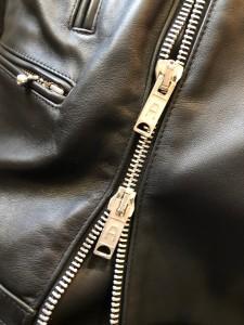 ライダースジャケットファスナーリペア東京 目黒区 武蔵小山修理屋ロンゴロンゴ